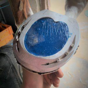 fer a planche acr aluminium avec resine luwex M15